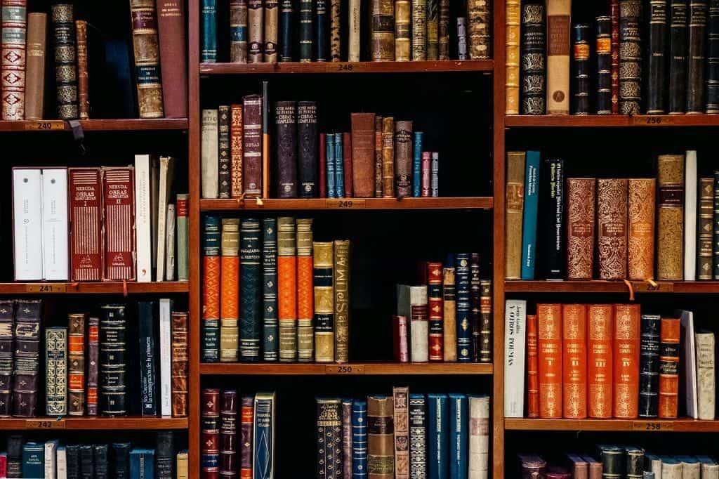 legal education books image